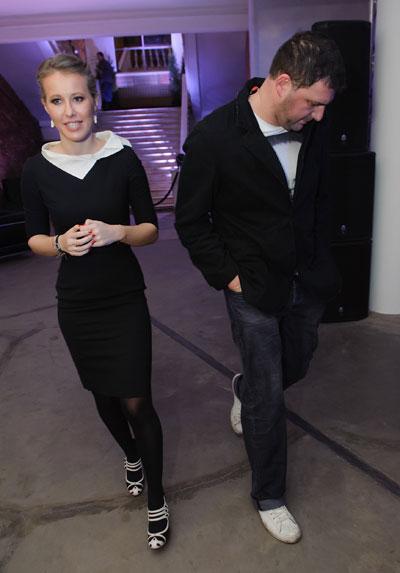 Супруги стараюстя одеваться в модном стиле partners look