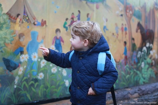 Наследник британской короны пошел в детский сад