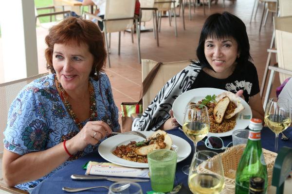 Разнообразные блюда средиземноморской кухни