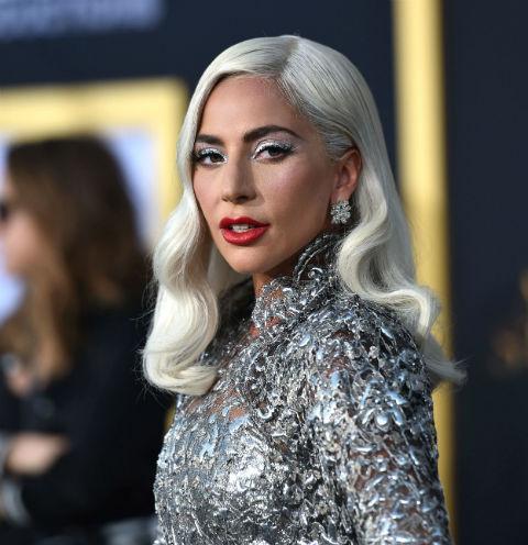 Леди Гага рассталась с женихом
