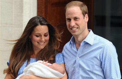 Герцогиня и герцог Кембриджские с принцем Георгом