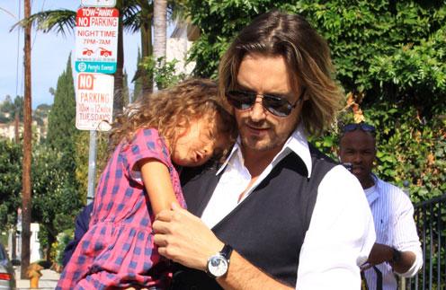 Габриэль Обри с дочкой Налой