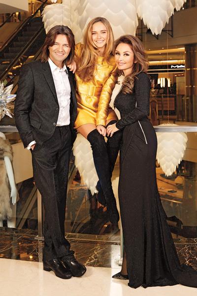 Дмитрий и Елена Маликовы с дочкой Стефанией