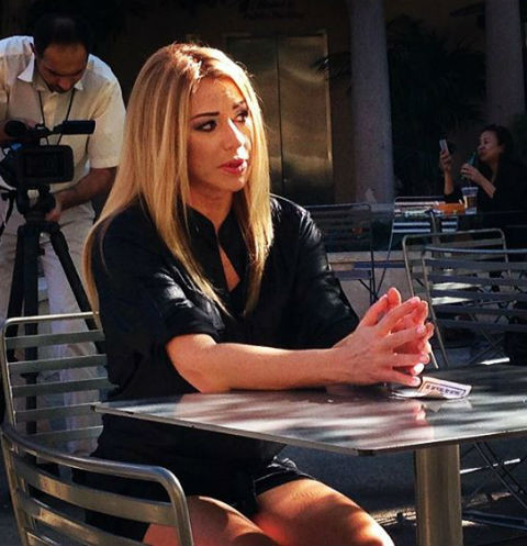 Алена Апина дает интервью зарубежным изданиям