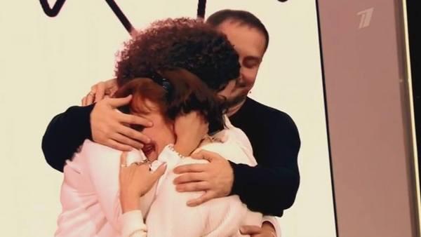 В финале телешоу Данко обнялся с близкими людьми