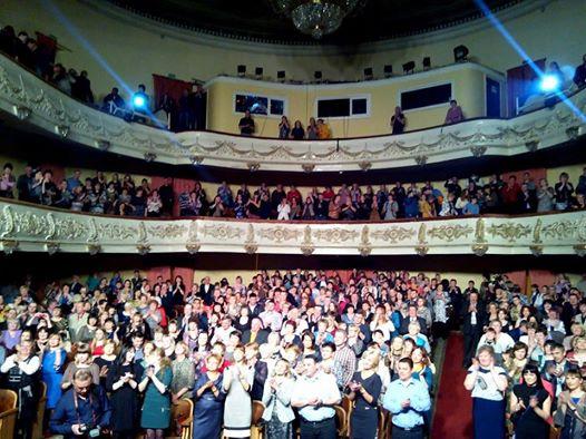 Фото с концерта Агутин разместил в своем «Фейсбуке»