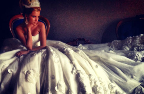 Иначе как принцессой в этом платье Ксению Бородину назвать нельзя