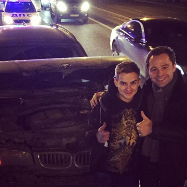 Александр Белоголовцев и Виталий Гогунский сделали совместное фото на память о ДТП, которое их познакомило