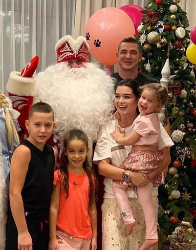 Ксения Бородина встретила Новый год дома с близкими