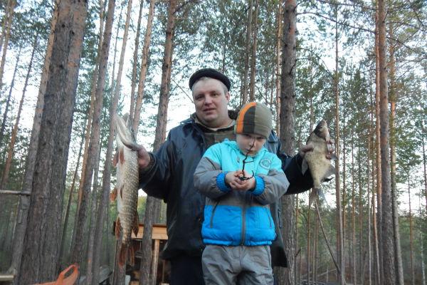 Многие туристы приезжают сюда ради рыбалки