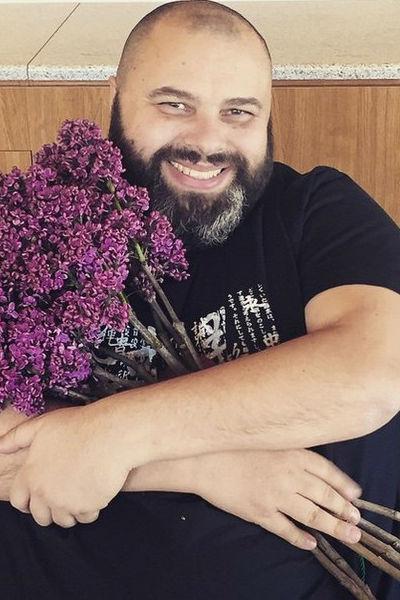 Несмотря на природные катаклизмы, Фадеев не хочет прерывать отпуск