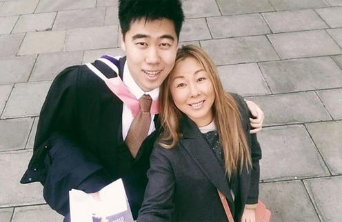 Анита Цой с сыном Сергеем