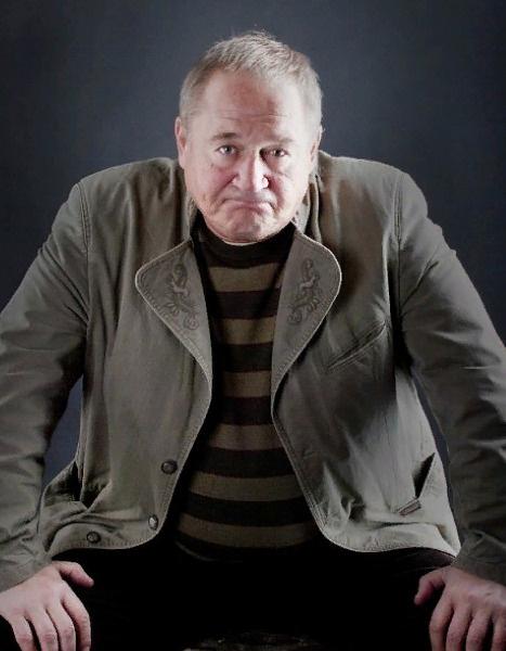 Анатолий Узденский в разные годы жил и работал в Новосибирске, Санкт-Петербурге и Москве