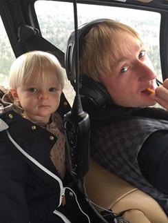 Саша с папой, Евгением Плющенко