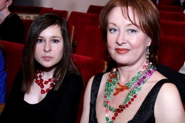 Лариса Удовиченко с дочерью Марией