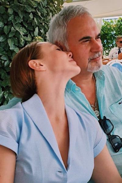 Сейчас Валерий и Альбина не боятся демонстрировать чувства на публику