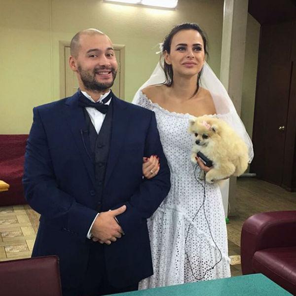 Андрей и Вика даже отрепетировали предстоящее торжество