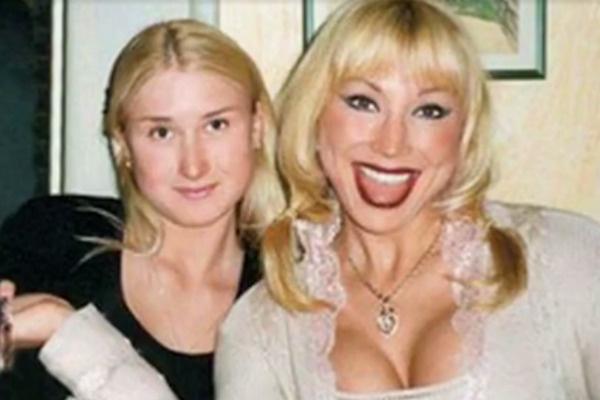 Маша Распутина с дочерью Лидией