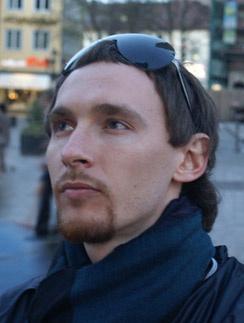 30-летний Роман Садырбаев всегда трогательно ухаживал за Еленой