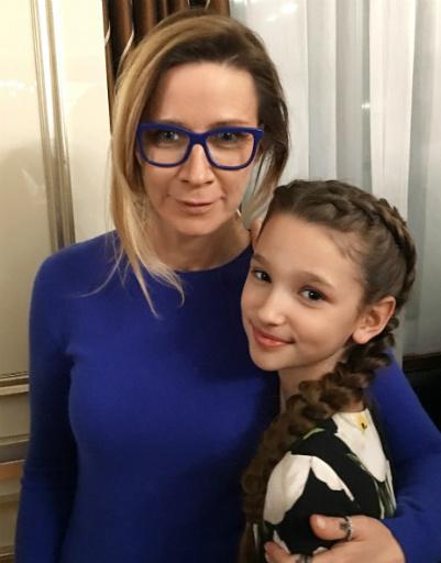 Ника Белоцерковская и Лиза Анохина