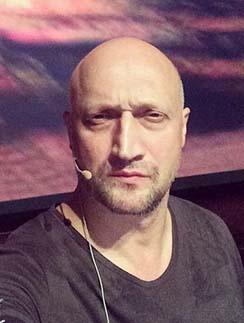 «Как же я старею!», - подписал свое фото Гоша Куценко