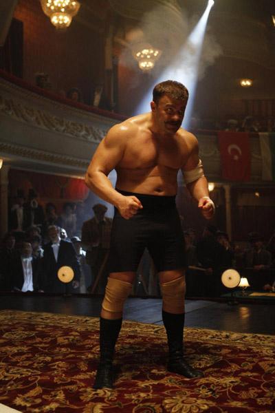 Исполнителю главной роли в фильме «Поддубный» Михаилу Пореченкову пришлось поправиться для съемок на 14 кг