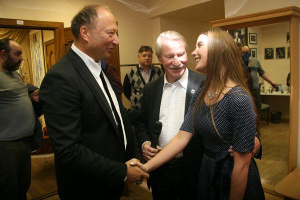 За кулисами Наталья познакомилась с товарищем Краско Юрием Гальцевым