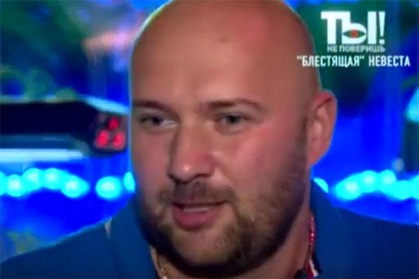 Избраннику Ксении Новиковой бизнесмену Алексею 36 лет