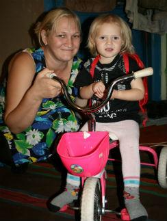 Седьмой ребенок Татьяны  Лоуренс родился в России,  сейчас Амалии уже два года,  и она ни разу не видела своих братьев и сестер