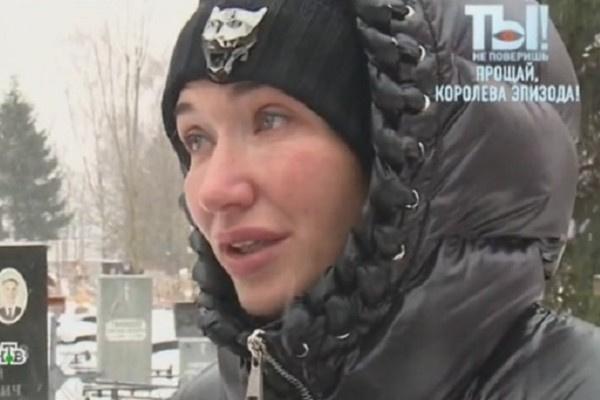 Внучка Валентины Березуцкой приехала проститься с бабушкой из Испании
