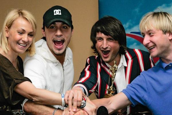 В 2008 году со своим продюсером Яной Рудковской, фигуристом Евгением Плющенко и скрипачом Эдвином Мартоном выиграл «Евровидение»