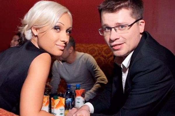 Гарик Харламов с первой женой Юлией Лещенко