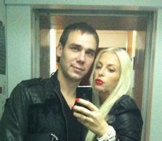 «Дайте этой мрази 15 лет»: вдова погибшего в драке Павла Рохлова требует наказать боксера