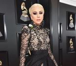 Леди Гага и Бейонсе произвели фурор на премии «Грэмми»