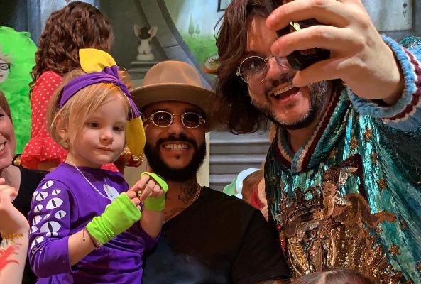 Филипп Киркоров приехал поздравить Алису вместе с детьми — Аллой-Викторией и Мартином