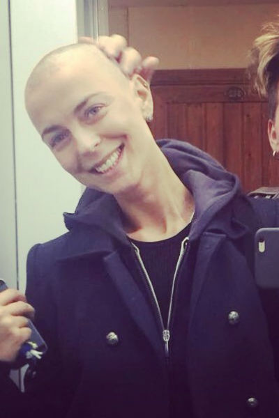 В период лечения Кристине пришлось попрощаться с волосами
