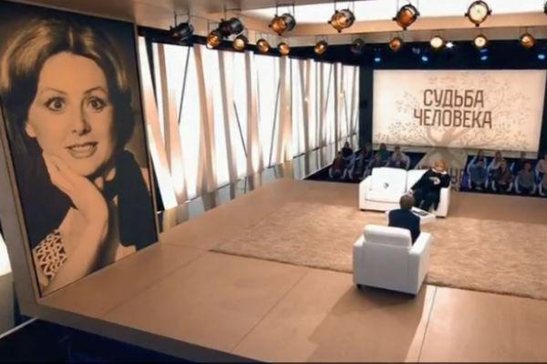Наталья Селезнева получила широкую известность после съемок в фильмах Гайдая