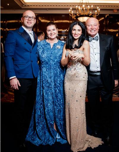 Ирина и Михаил Байтины с гостями