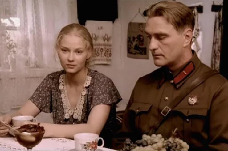 Ушедшая эпоха. Лучшие современные сериалы про советское время