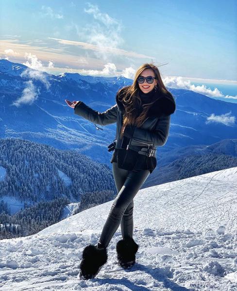 Ольга Бузова – в Куршевеле, сестра – в Сочи: снова в ссоре?