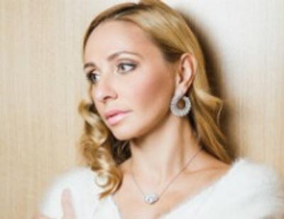 Татьяна Навка удивила снимком без макияжа