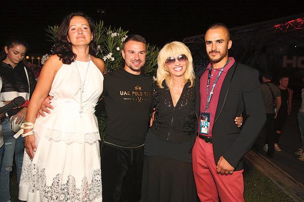 В Сочи на афтепати вечера Аллегровой гуляла вся семья: приехали ее дочь Лала с супругом Артемом и сыном Александром