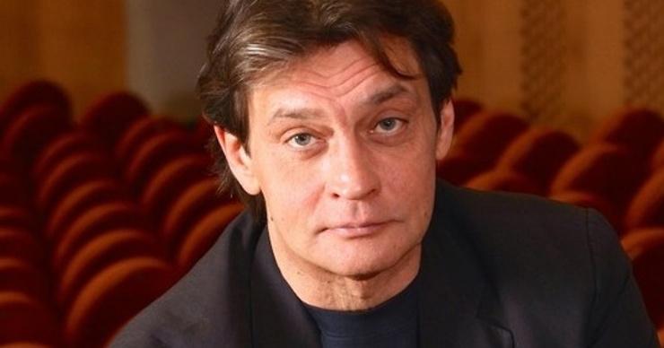 Александр Домогаров ответил на обвинения в алкоголизме