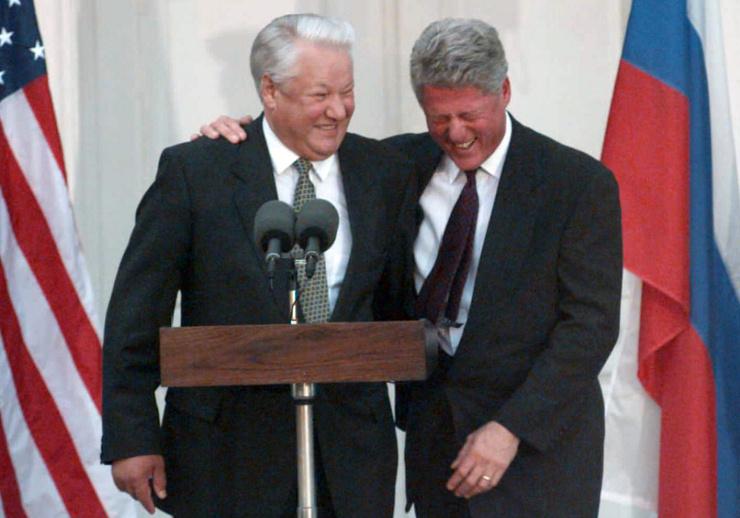 Билл Клинтон рассказывал о казусах, происходивших с Ельциным во время заграничных поездок