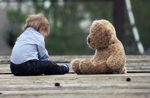Ежегодно в России отказываются от сотен детей