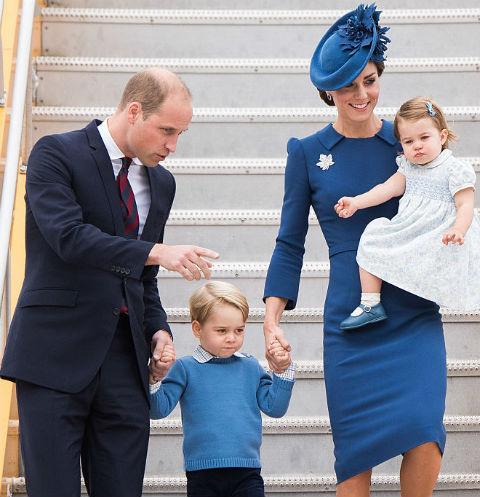 Королевская семья блеснула стильными нарядами в Канаде