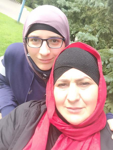 Гита с мамой