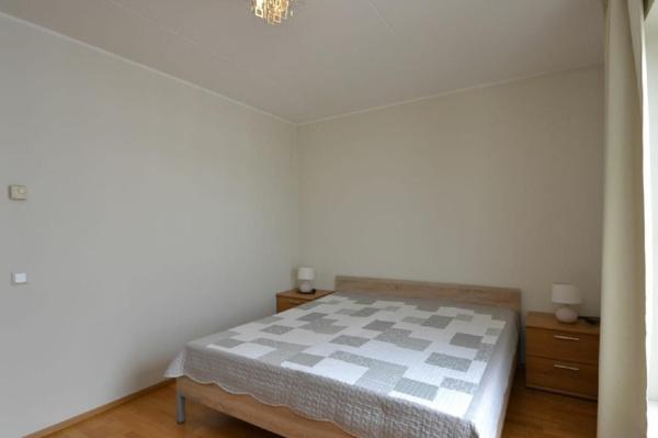 Анне Вески сдает трехкомнатную квартиру в Таллине