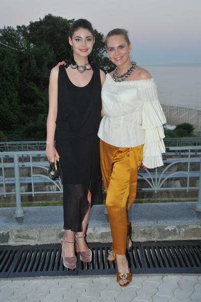 Алена Яковлева с дочерью Марией