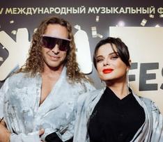 Успенская в кружевах, диско-дива Лада Дэнс и Королева без нижнего белья: звезды на «ЖАРЕ»